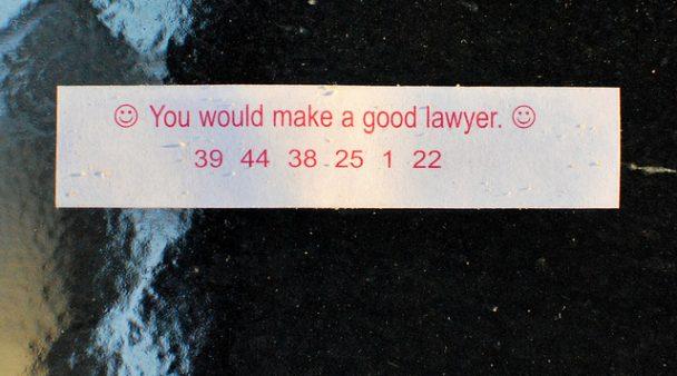 Hyvä lakimies -onnenkeksi